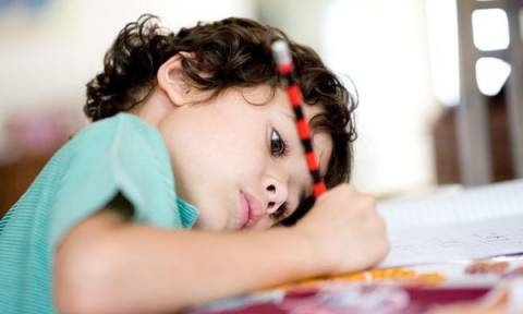 Βοηθήστε το παιδί να βάλει τους δικούς του στόχους για τη νέα χρονιά