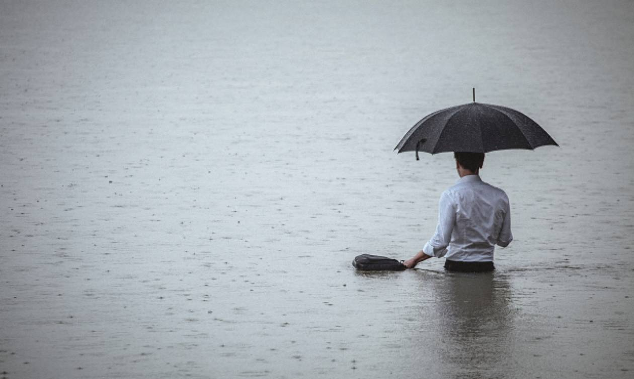 «Blue Monday»: Έρχεται η πιο καταθλιπτική μέρα του χρόνου – Τι να αποφύγετε