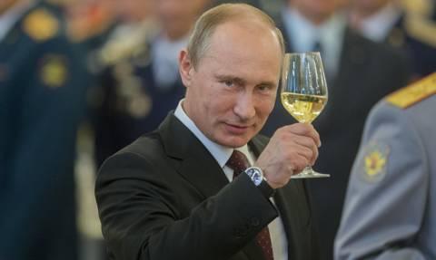 Ρωσία: 400 εκατομμύρια ρούβλια στον λογαριασμό του Πούτιν για την προεκλογική του εκστρατεία
