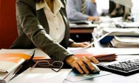 Προκηρύξεις για 4.980 θέσεις εργασίας σε ΔΕΗ, ΕΥΔΑΠ, ΕΛΤΑ, ΤΡΑΙΝΟΣΕ