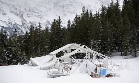 Ελβετία: Συναγερμός στις Αρχές - Χιλιάδες τουρίστες έχουν αποκλειστεί σε χιονοδρομικό κέντρο (vid)