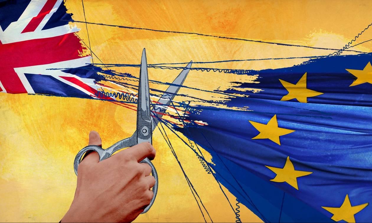 Brexit: «Οι Ευρωπαίοι μας την έχουν στημένη» καταγγέλλει ο Ντέιβιντ Ντέιβις