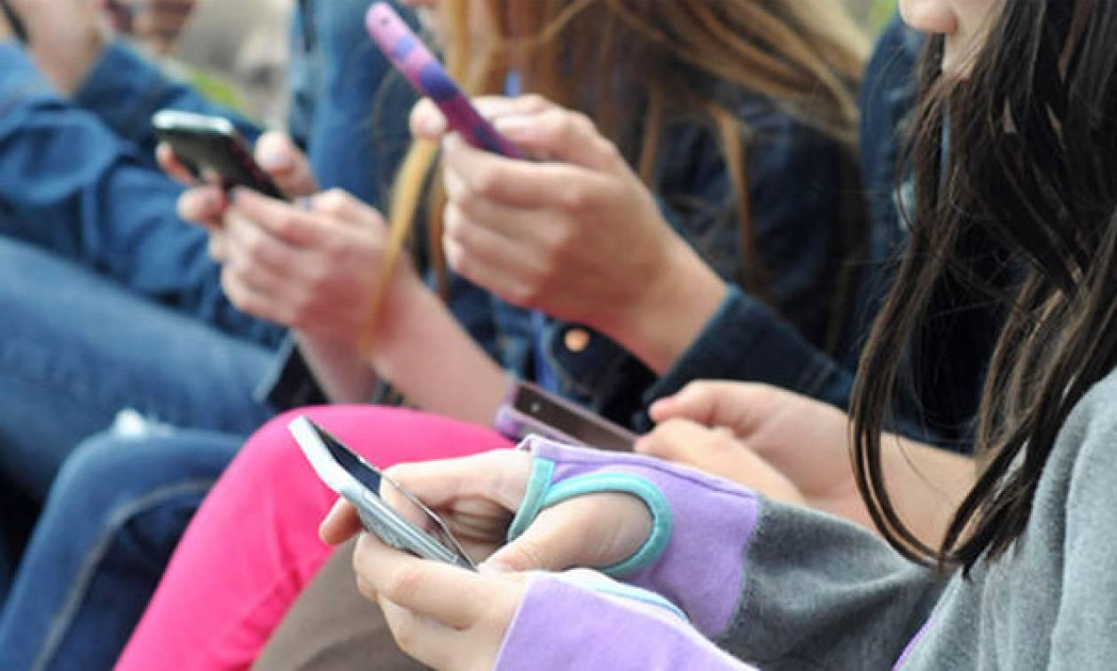 Η τρομακτική αλήθεια για την επιρροή της τεχνολογίας στα παιδιά, σύμφωνα με έρευνα του Χάρβαρντ