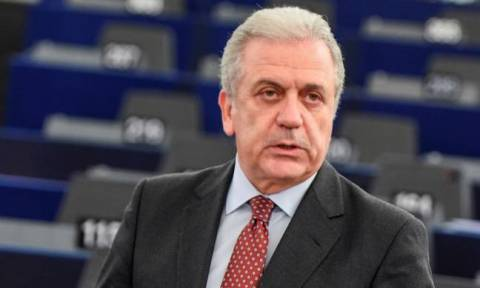 Αβραμόπουλος: Η προσφυγική κρίση θα διαρκέσει πολύ ακόμα