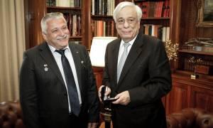 Συνάντηση Παυλόπουλου με τον ομογενή κοσμοναύτη Γιουρτσίχιν Γραμματικόπουλο