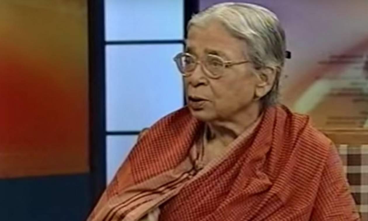 Mahasweta Devi: Η ζωή και το έργο της Ινδής συγγραφέως που τιμά με Doodle η Google
