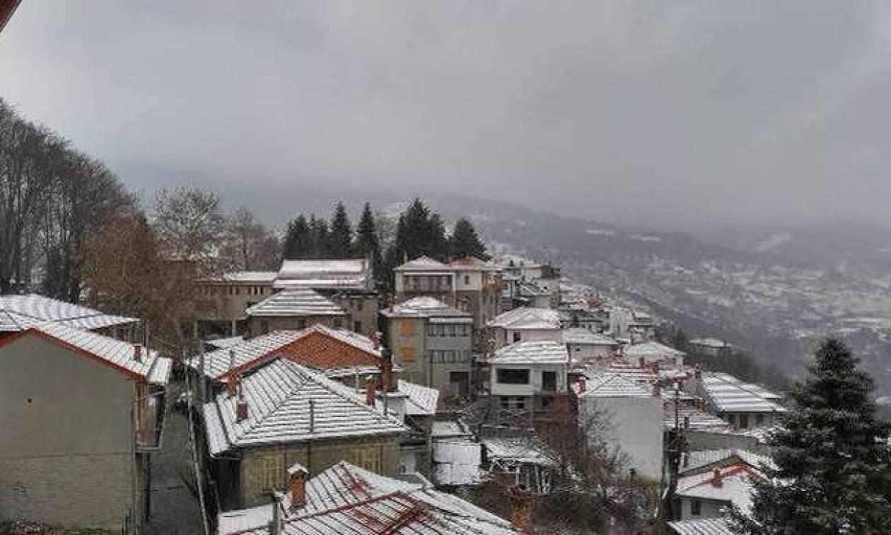 Καιρός τώρα: Στην «κατάψυξη» η χώρα με χιόνια και χιονόνερο (pics)