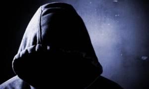 Θεσσαλονίκη: Λήστεψε κομμωτήριο και αγόρασε μπουφάν για να μη τον αναγνωρίσουν!