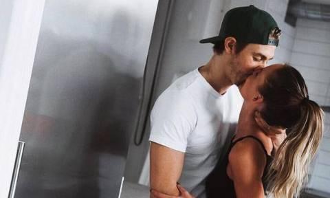 Στοματικό σεξ: 5 tips τα οποία σίγουρα σε ενδιαφέρουν