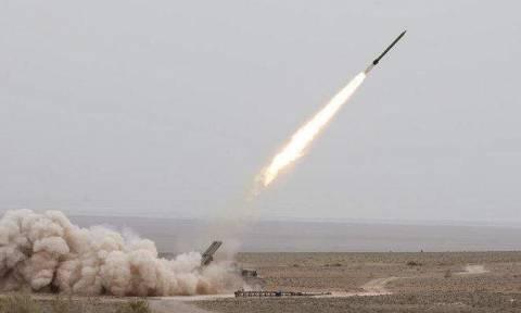 Σαουδική Αραβία: Αναχαιτίστηκε βαλλιστικός πύραυλος που εκτοξεύθηκε από τους σιίτες στην Υεμένη