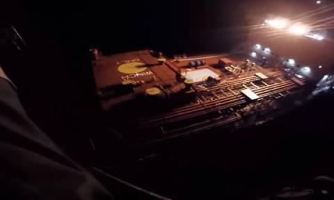 Πολεμικό Ναυτικό: Συγκλονιστική επιχείρηση διάσωσης ναυτικού (vid)
