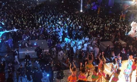 Σε ρυθμούς καρναβαλιού η Πάτρα – Απόψε η τελετή έναρξης