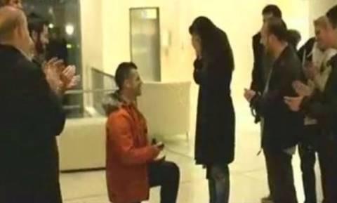 Survivor 2-Πρεμιέρα: Τα τρυφερά φιλιά του Παρθένη στη σύντροφό του, μία πρόταση γάμου και...
