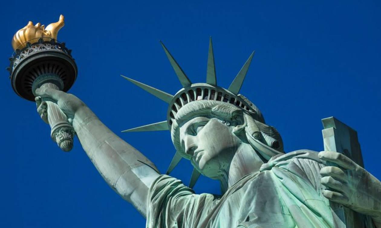 ΗΠΑ: Τι θα γίνει τελικά με το Άγαλμα της Ελευθερίας μετά το «λουκέτο» στο ομοσπονδιακό κράτος