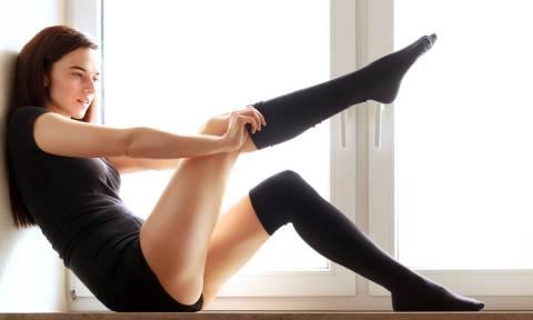 Οι επιστήμονες λένε να μην βγάζουμε τις κάλτσες στο σεξ και εξηγούν το γιατί!