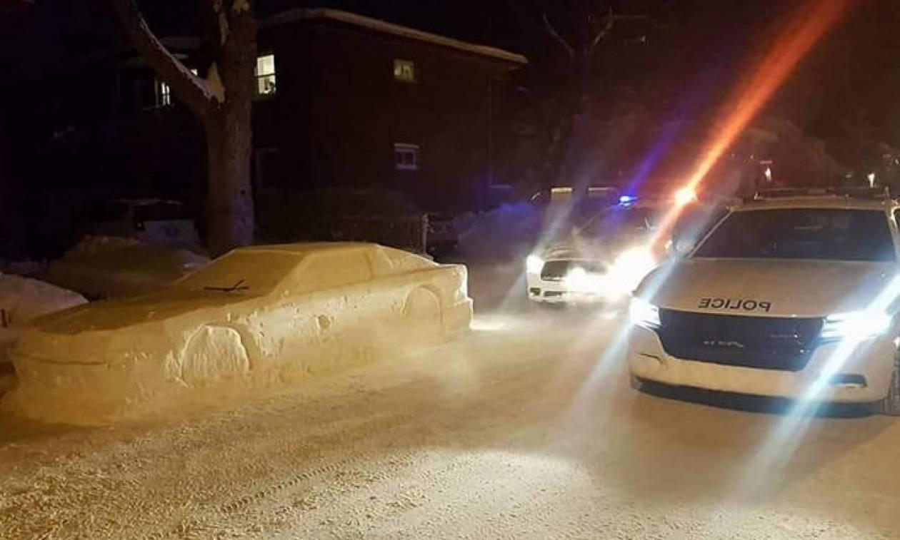 Καναδάς: Έφτιαξε αυτοκίνητο από χιόνι και... παραλίγο να φάει κλήση! (pics)