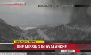 Τραγωδία στην Ιαπωνία: Δείτε καρέ-καρέ την έκρηξη ηφαιστείου που προκάλεσε φονική χιονοστιβάδα (Vid)