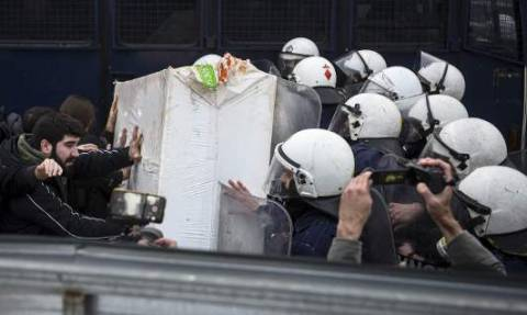 Ανακοίνωση συνδικαλιστών της αστυνομίας για πλειστηριασμούς: Δεν θα ξεσπιτώσουμε εμείς τους Ελληνες