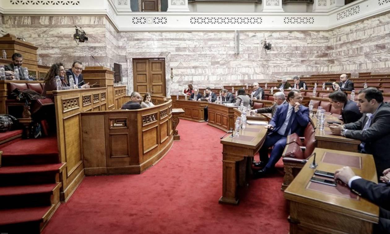Χαμός στη Βουλή: Διαμαρτυρία της ΝΔ για «αποσιώπηση» του συλλαλητηρίου της Θεσσαλονίκης