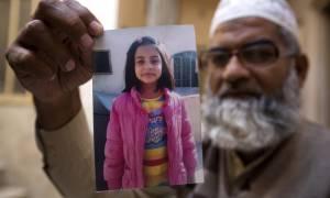 Πακιστάν: Συνελήφθη ο δολοφόνος της 7χρονης Ζαϊνάμπ Ανσάρι – Είχε σκοτώσει κι άλλες ανήλικες