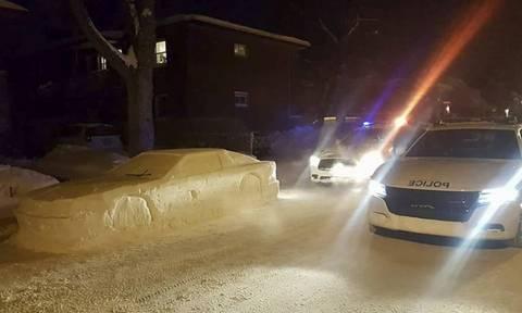 Αστυνομικοί πήγαν να κόψουν κλήση σε αυτό το αυτοκίνητο! Αυτό που ακολούθησε ήταν ξεκαρδιστικό!