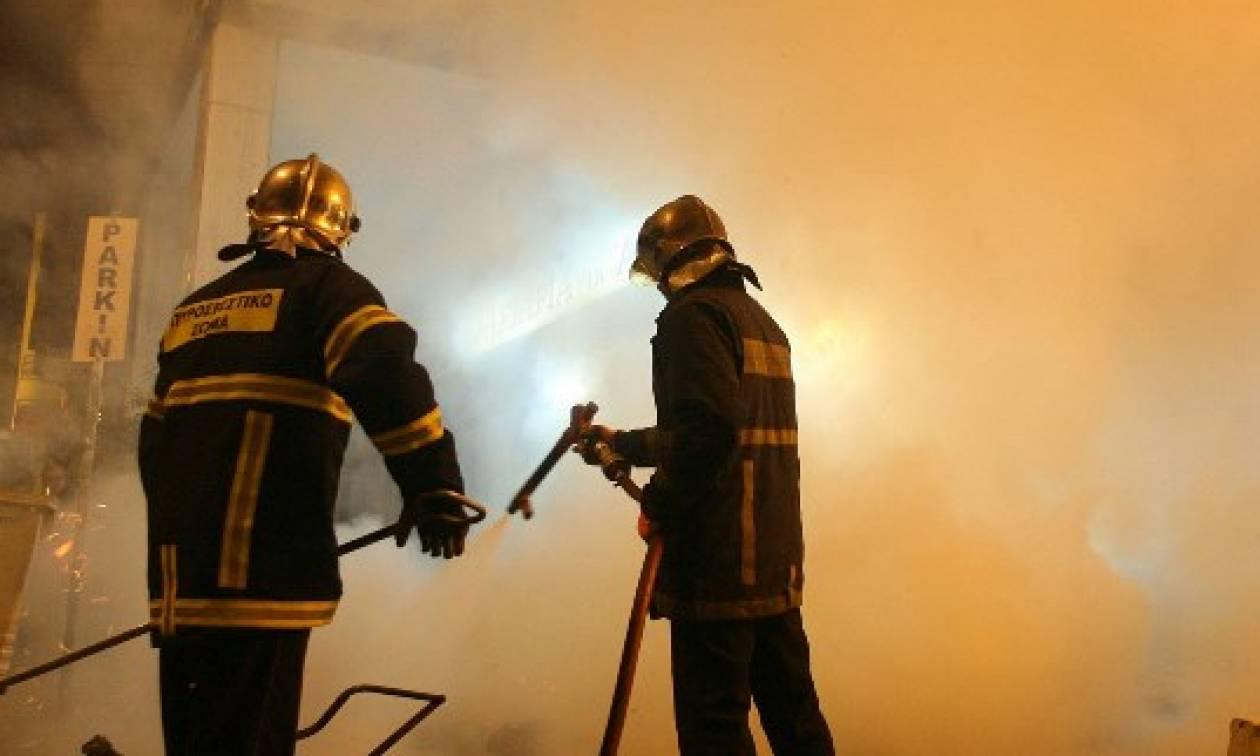 Μεγάλη φωτιά ΤΩΡΑ σε μονοκατοικία στην Παλλήνη