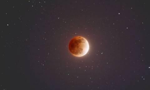 Ετοιμαστείτε! Δείτε τι θα συμβεί στον ουρανό της Ελλάδας στις 31 Ιανουαρίου έπειτα από 152 χρόνια