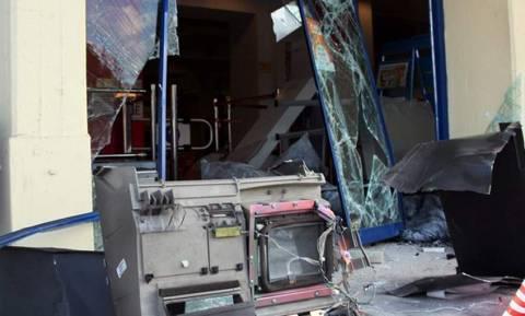 Ανατίναξαν ΑΤΜ στη Γλυφάδα - Μεγάλη ανησυχία για τη δράση των συμμοριών