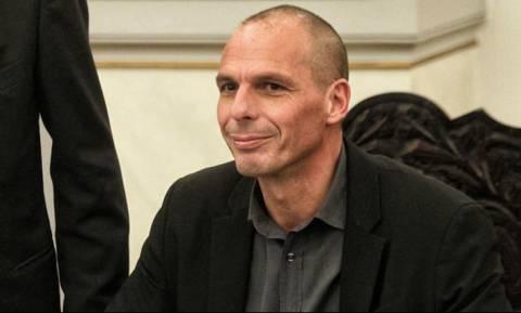 Γιάνης Βαρουφάκης: Θα ανακοινώσει νέο κόμμα στις 26 Μαρτίου