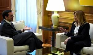 Γεννηματά σε Τσίπρα: Ακολουθείς μυστική διπλωματία για το Σκοπιανό
