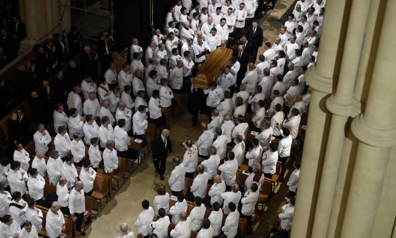 Θρήνος στη Γαλλία: Εκατοντάδες Σεφ και χιλιάδες κόσμου αποχαιρέτισαν τον «Σεφ των Σεφ», Paul Bocuse