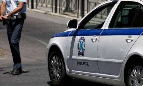 ΤΩΡΑ: Επίθεση στα γραφεία εκδοτικού οίκου και σε διπλωματικό όχημα στο Κολωνάκι