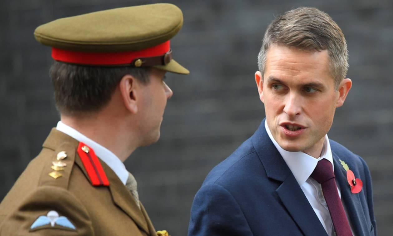 Βρετανός υπουργός Άμυνας: Η Ρωσία θέλει να μας καταστρέψει – Επιδιώκουν χιλιάδες θανάτους