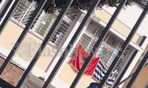 Κρήτη: Παραιτήθηκε ο διευθυντής του σχολείου με την αλβανική σημαία