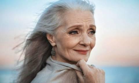 Η ομορφιά δεν έχει ηλικία. Ηλικιωμένες γυναίκες εντυπωσιάζουν σε ρόλο μοντέλου (pics)