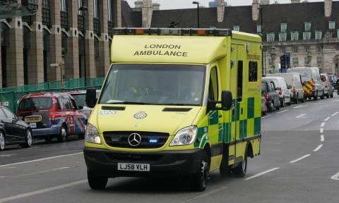 Λονδίνο: Αυτοκίνητο έπεσε πάνω σε στάση λεωφορείου - Νεκρά τρία παιδιά