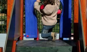 Φρικτός θάνατος τρίχρονου αγοριού σε τσουλήθρα