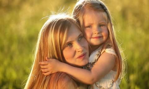 Πέντε πράγματα που πρέπει να θυμάσαι, όταν αισθάνεσαι ότι δεν είσαι καλή μαμά