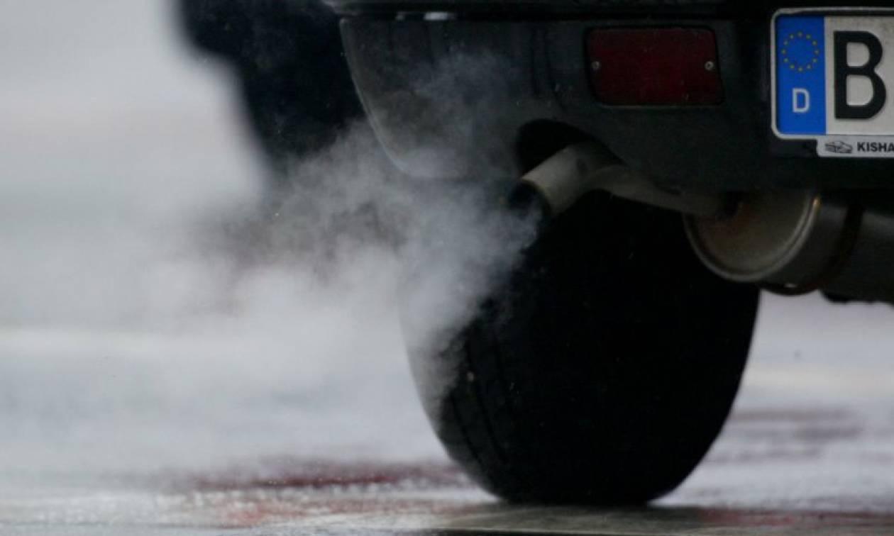 Ανατριχίλα! Έκαναν πειράματα σε ανθρώπους και πιθήκους με ρύπους οχημάτων!