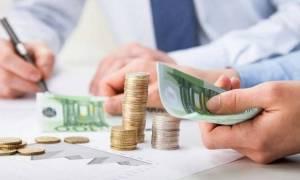 Συντάξεις: Ποιοι και πώς θα πάρετε πίσω τα αναδρομικά - Αναλυτικά τα ποσά που δικαιούστε (Πίνακας)