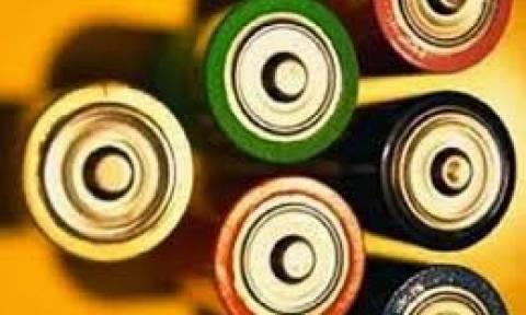 Πώς θα δείτε αν μια μπαταρία είναι γεμάτη (video)