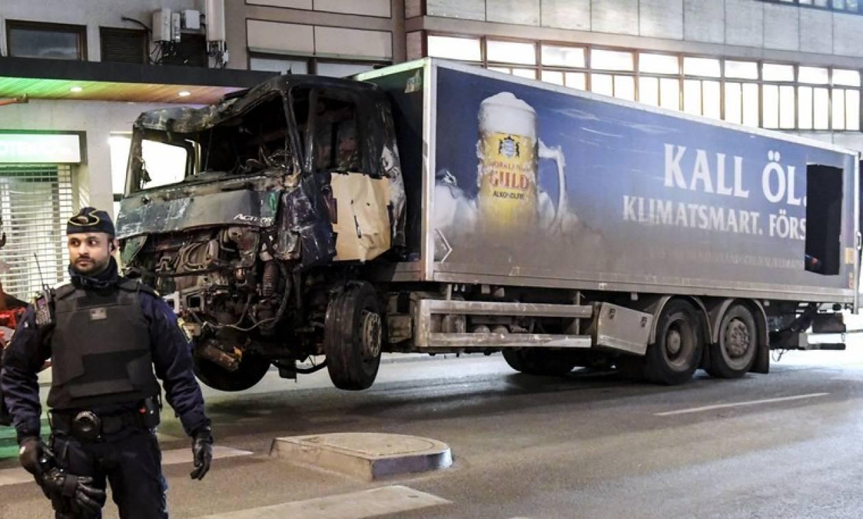 Επίθεση στη Στοκχόλμη: Ο τρομοκράτης με το φορτηγάκι ήθελε να «συντρίψει τους άπιστους»