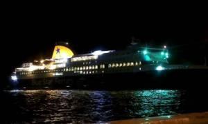 ΤΩΡΑ: Καταμέτρηση των επιβατών στο Blue Star Naxos