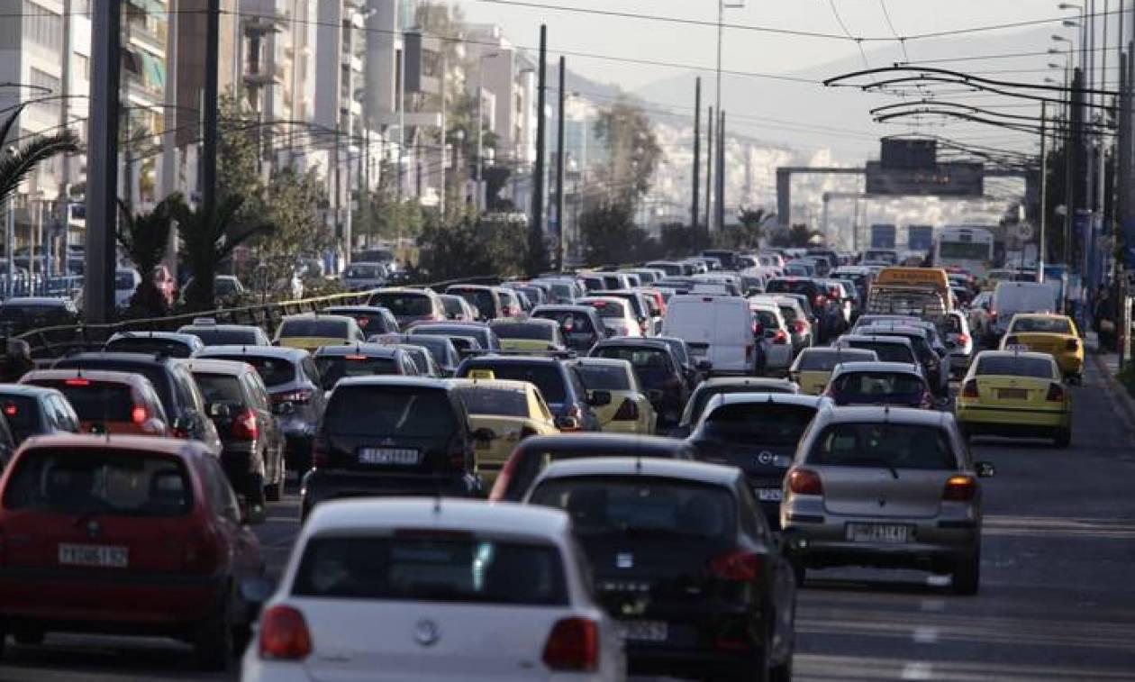 Πρόστιμα - «φωτιά» για 600.000 ιδιοκτήτες οχημάτων