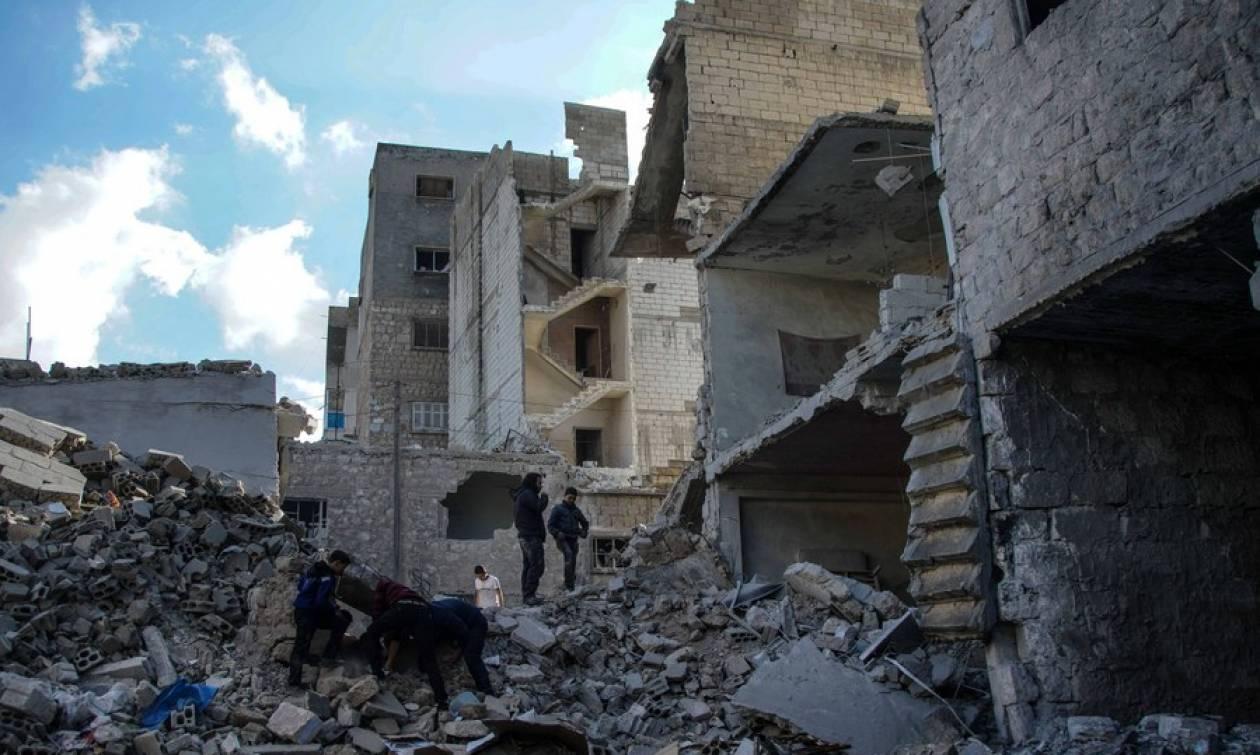 Συρία: Τουλάχιστον 20 άμαχοι νεκροί από αεροπορικές επιδρομές