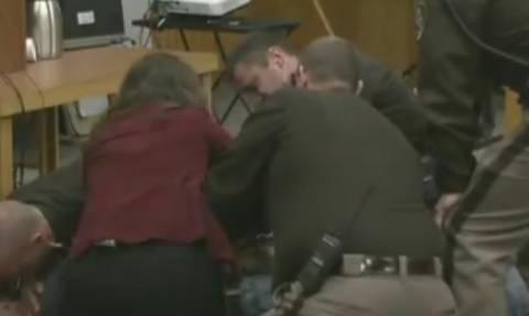 Πατέρας επιτέθηκε στον βιαστή της κόρης του μέσα στο δικαστήριο (videos)
