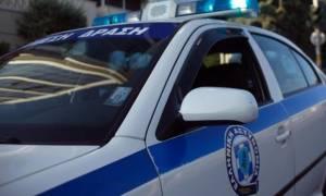 Απίστευτες σκηνές στη Νάξο: Βγήκε με την καραμπίνα στο δρόμο