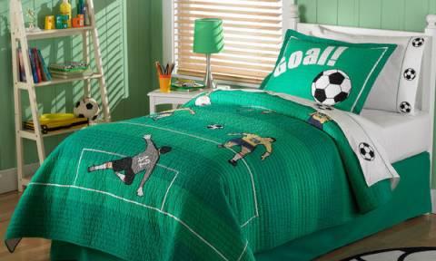 Διακόσμηση παιδικού δωματίου: Οικονομικές ιδέες για αγόρια «κολλημένα» με τη μπάλα (pics)