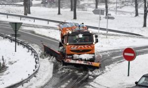 Σε πορτοκαλί συναγερμό η Γαλλία: Σφοδρές χιονοπτώσεις και τσουχτερό κρύο