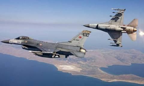 Δύο εικονικές αερομαχίες και 34 τουρκικές παραβιάσεις στο Αιγαίο